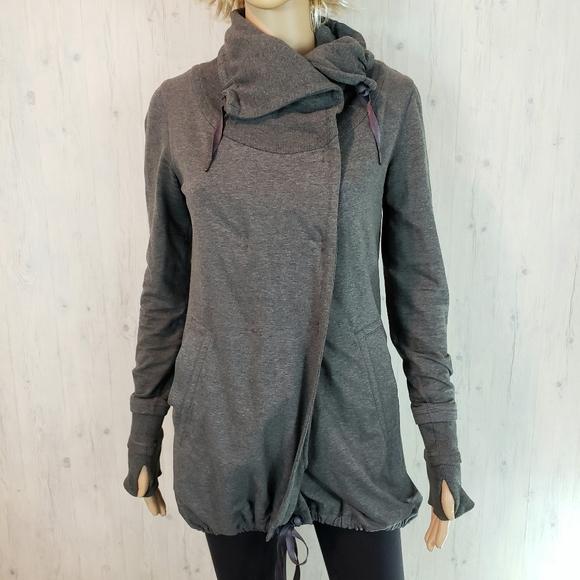 Lululemon Wrap Sweater Coat Size 2 Gray Snap Lined